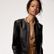 Aritzia: Take Up to 80% Off Sale Styles!